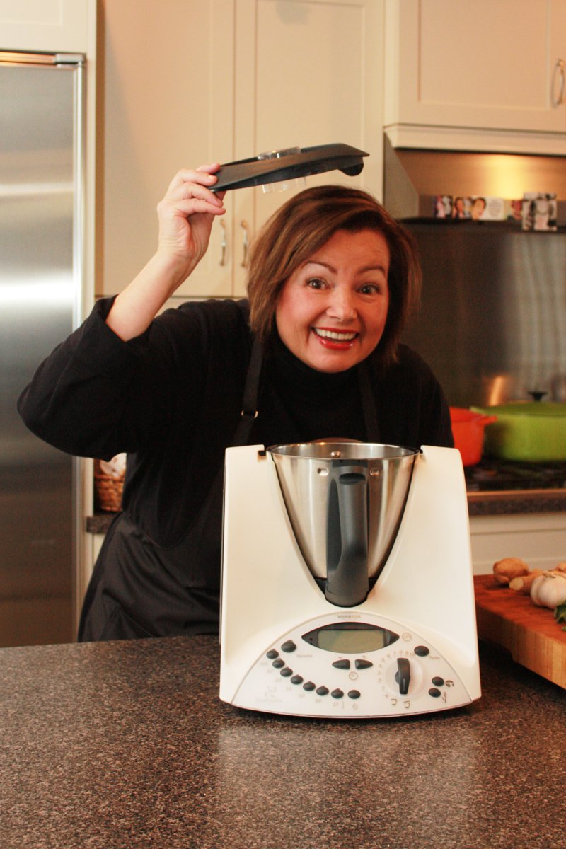 Valerie and Thermomix with lid hat upright funny 4