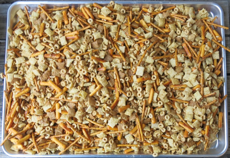 6-homemade-nuts-and-bolts-ready-for-the-oven