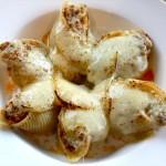 Giant Pasta Shells: Turkey, Garlic and Sundried Tomato Pesto