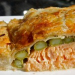 Salmon en Croute with Lemon Garlic Cream