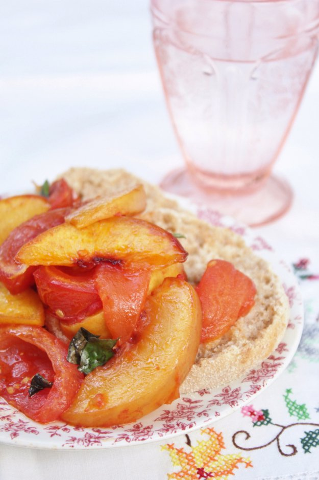 jen - best thing roasted-tomatoes-and-peaches