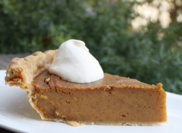 A Canadian Foodie Pumpkin Pie 2