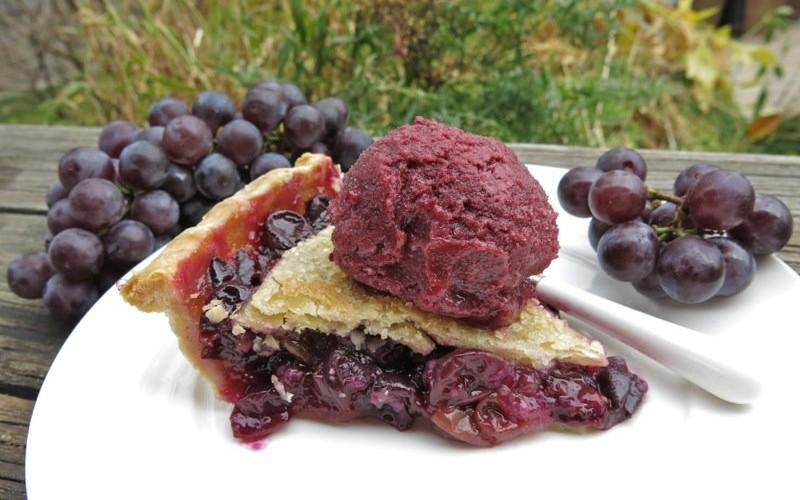 Canadian Classic Concord Grape Pie