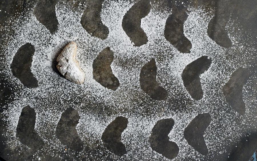 http://themessybaker.com/2013/12/12/zdenas-walnut-crescent-cookies/
