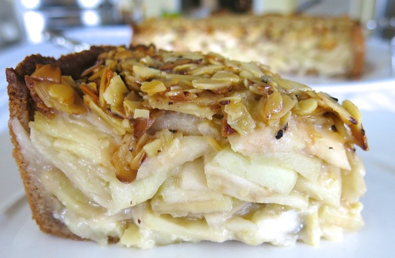 1 Deep Dish Apple Almond Pie Slice