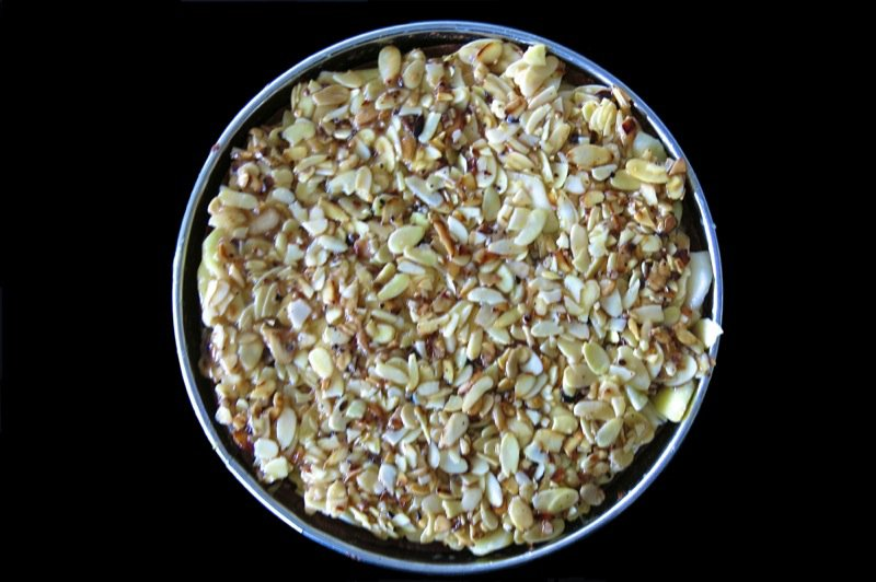 31 Deep Dish Aplle Almond Pie with Almonds on Top