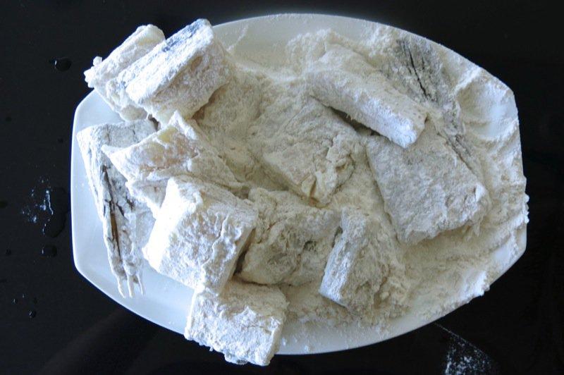 6 Floured Baccala