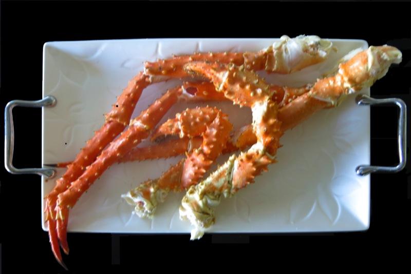 7 Alaskan King Crab Legs on Platter