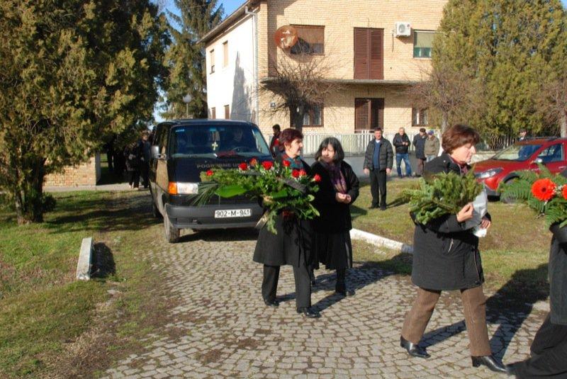 11 Pavas Funeral Procession Car