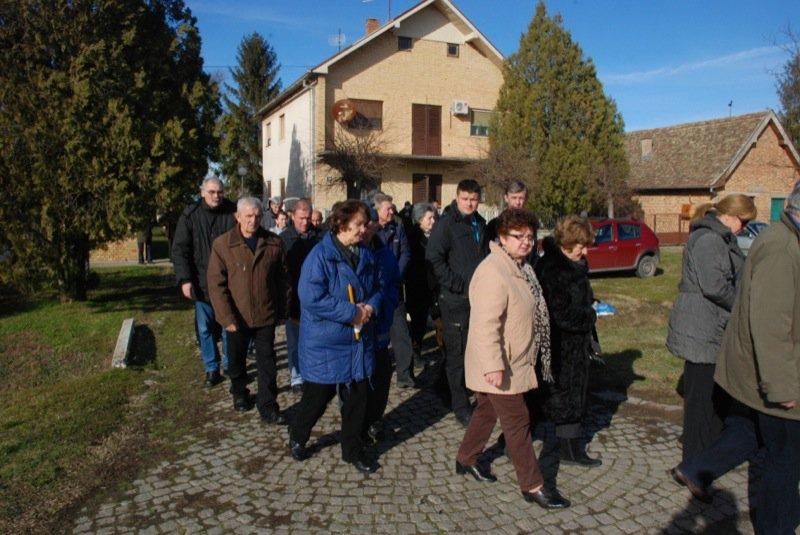 13 Pavas Funeral Procession