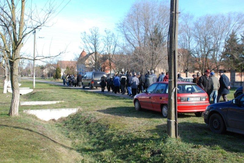 14 Pavas Funeral Procession