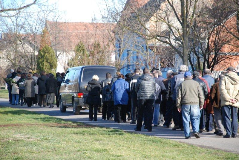 15 Pavas Funeral Procession