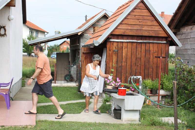 5 Pava and Outdoor Kitchen Sink