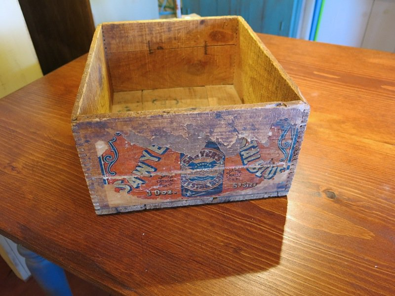 5 Salt Box Gallery