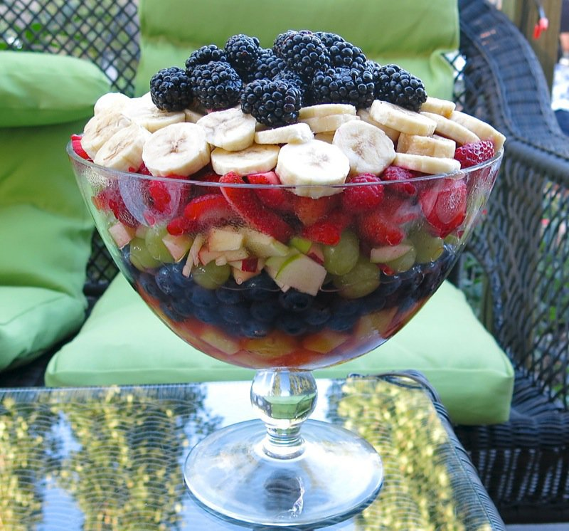 111a Layered Fruit Salad
