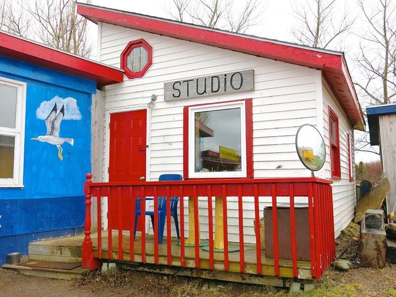 5 Bill Roach Studio