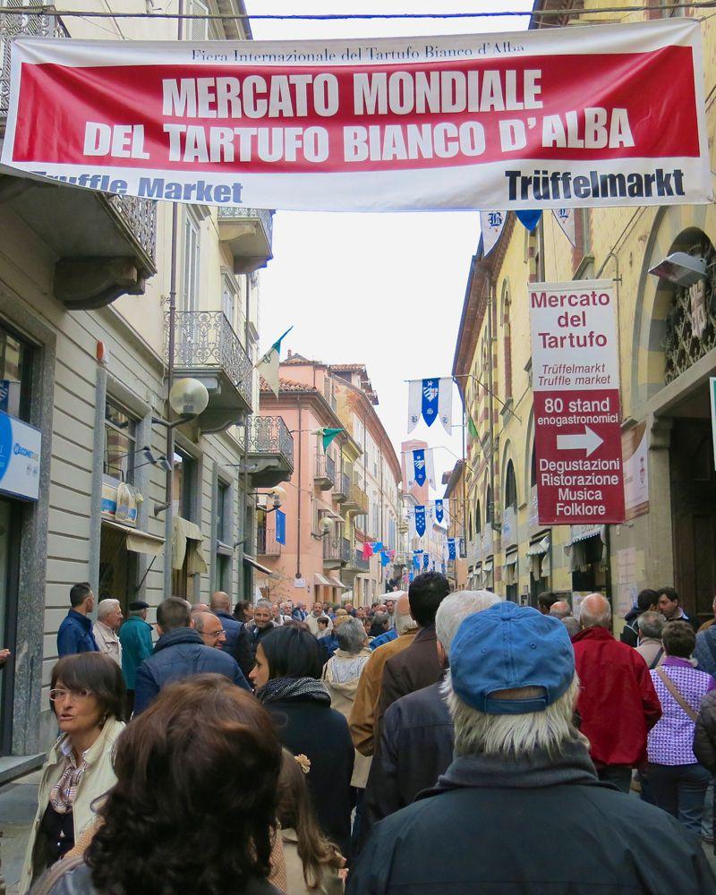 14 Alba Truffle Festival 2014