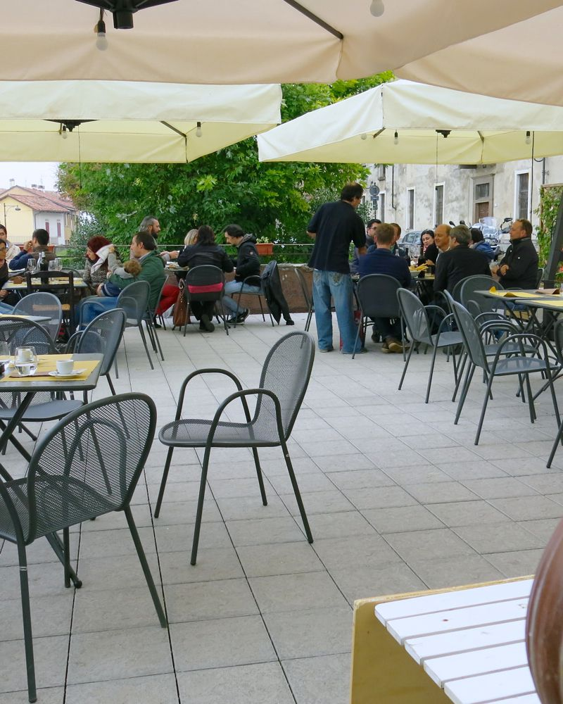 24a More e Macine in La Morra Italy