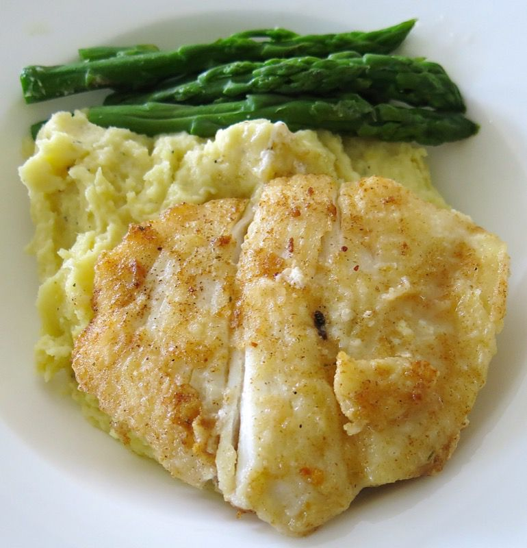 10 Hallibut Cheeks with Asparagus and Beurre Blanc