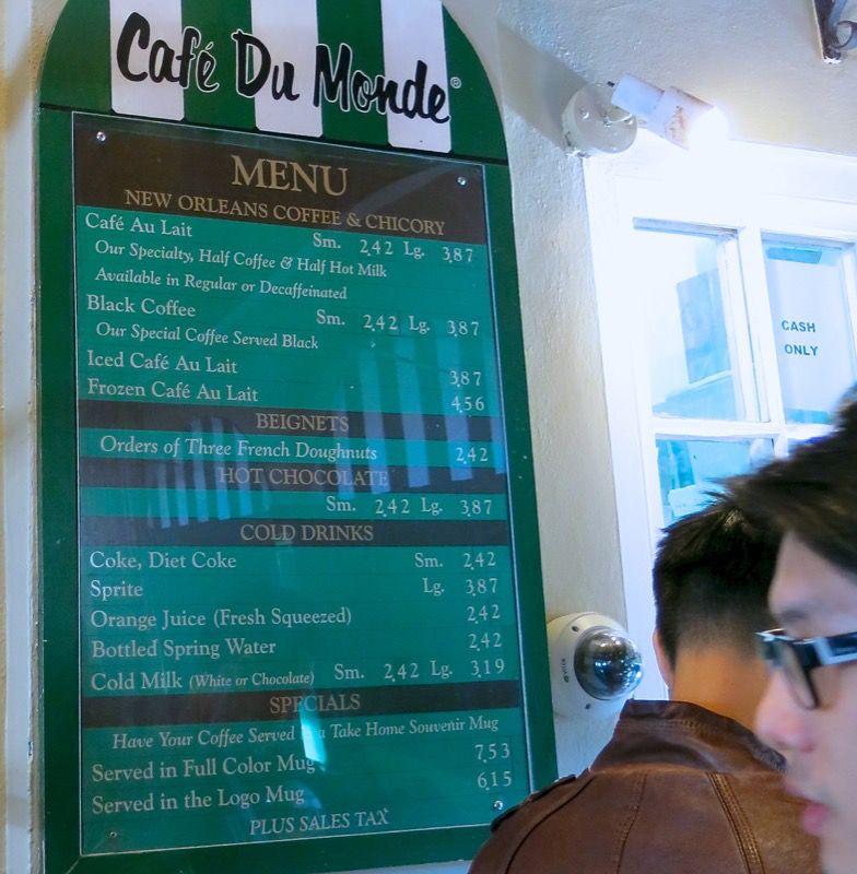 15 Cafe du Monde New Orleans