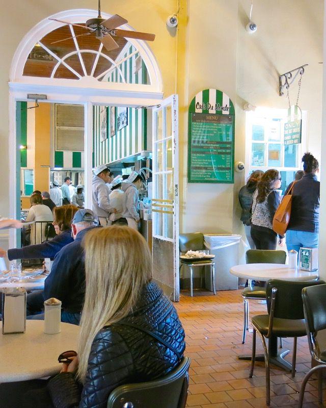 19 Cafe du Monde New Orleans