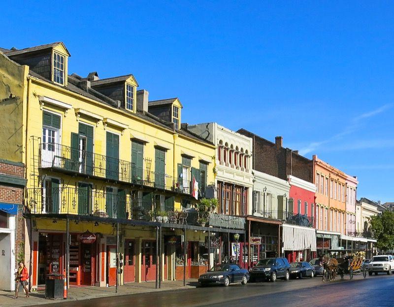 6 Cafe du Monde New Orleans