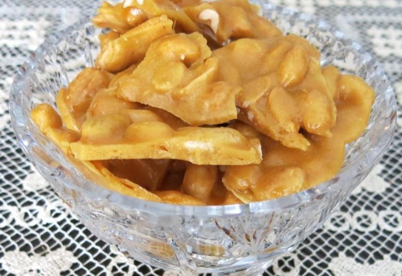 Helen's Famous Homemade Peanut Brittle