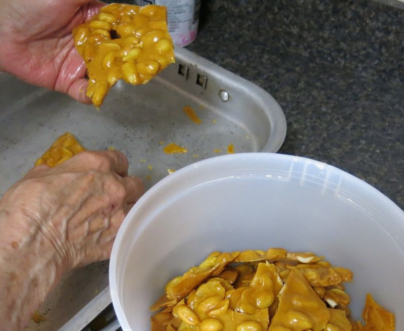 8a3 Homemade Peanut Brittle