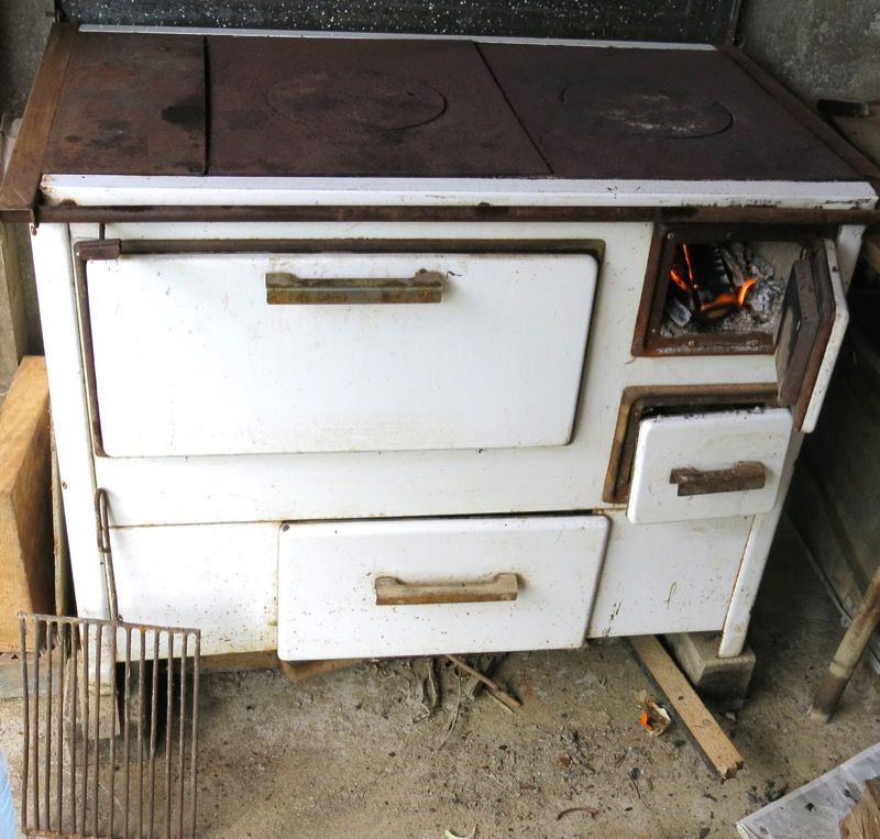 4 Wood Burning Oven