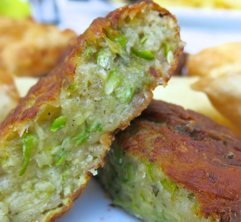 Greek Zucchini Croquettes: Kolokythokeftéthes