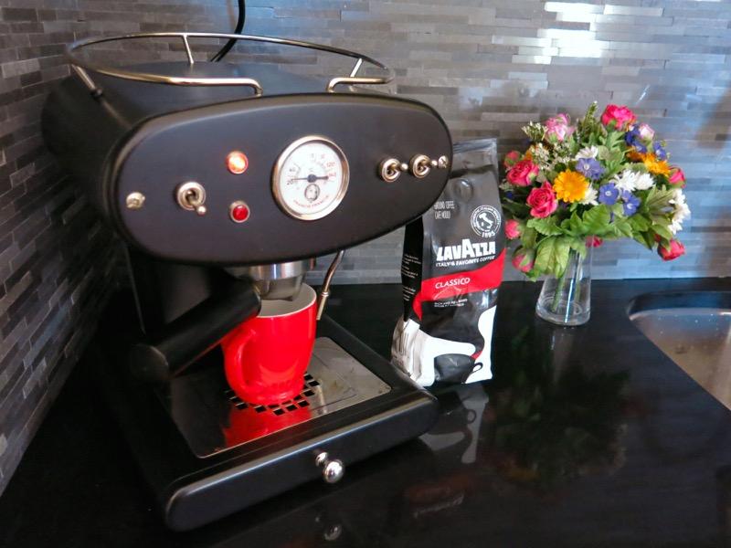 2 Lavazza Espresso