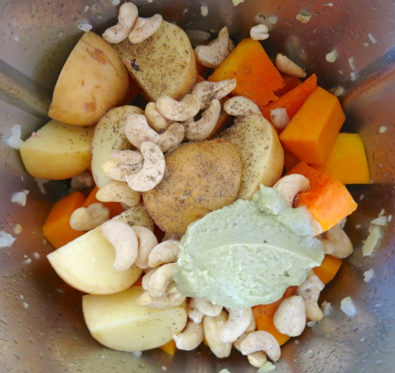 16 Raw Cashews and Chicken Stock Paste