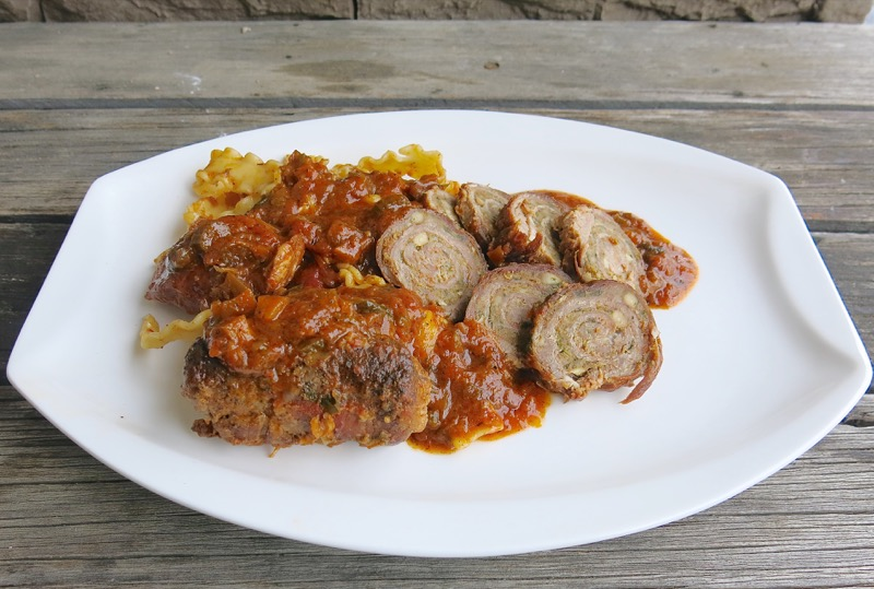 25 Baciole with Sausage in Tomato Sauce