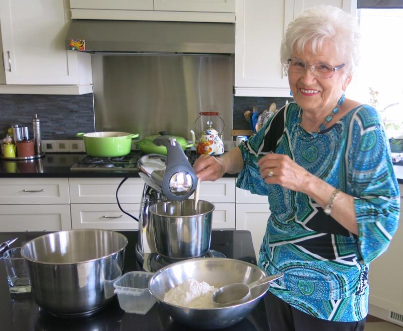11 Helen McKinney Prairie Dinner Buns