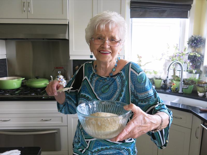 15 Helen McKinney Prairie Dinner Buns