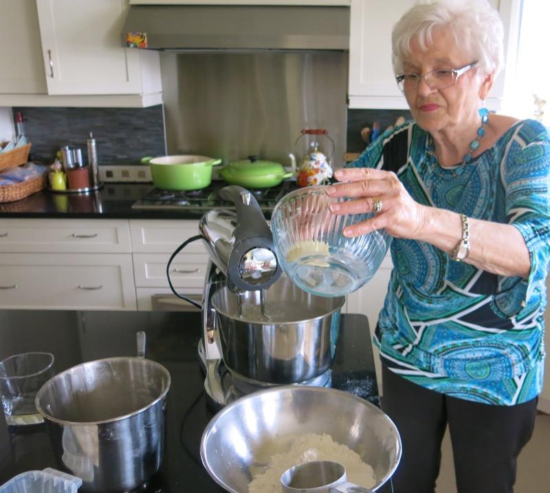 17 Helen McKinney Prairie Dinner Buns