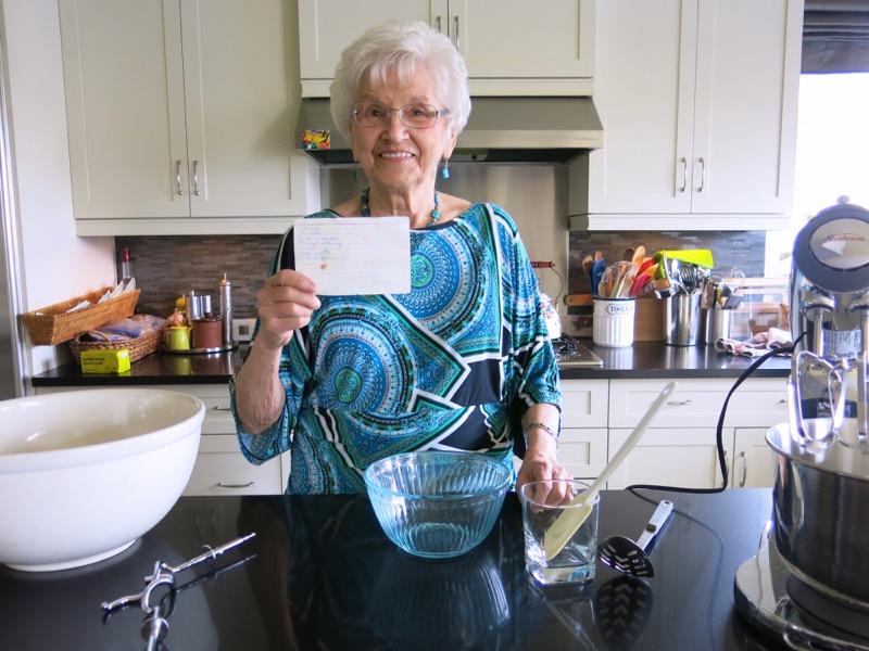 2 Helen Mckinney Prairie Dinner Buns