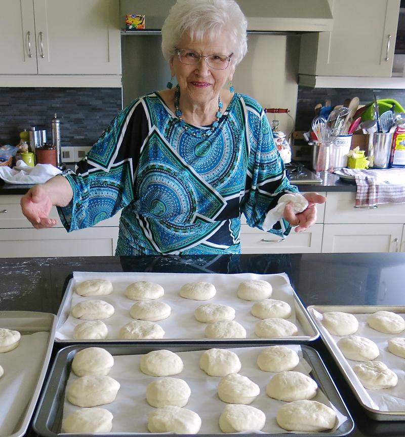 51 Helen McKinney Prairie Dinner Buns