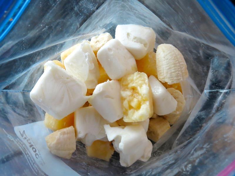 8 Pinacolada Frozen Yogurt Cubes