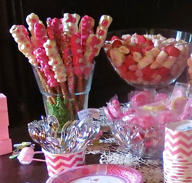13 Girl Baby Shower Old Fashioned Preyzel Sticks
