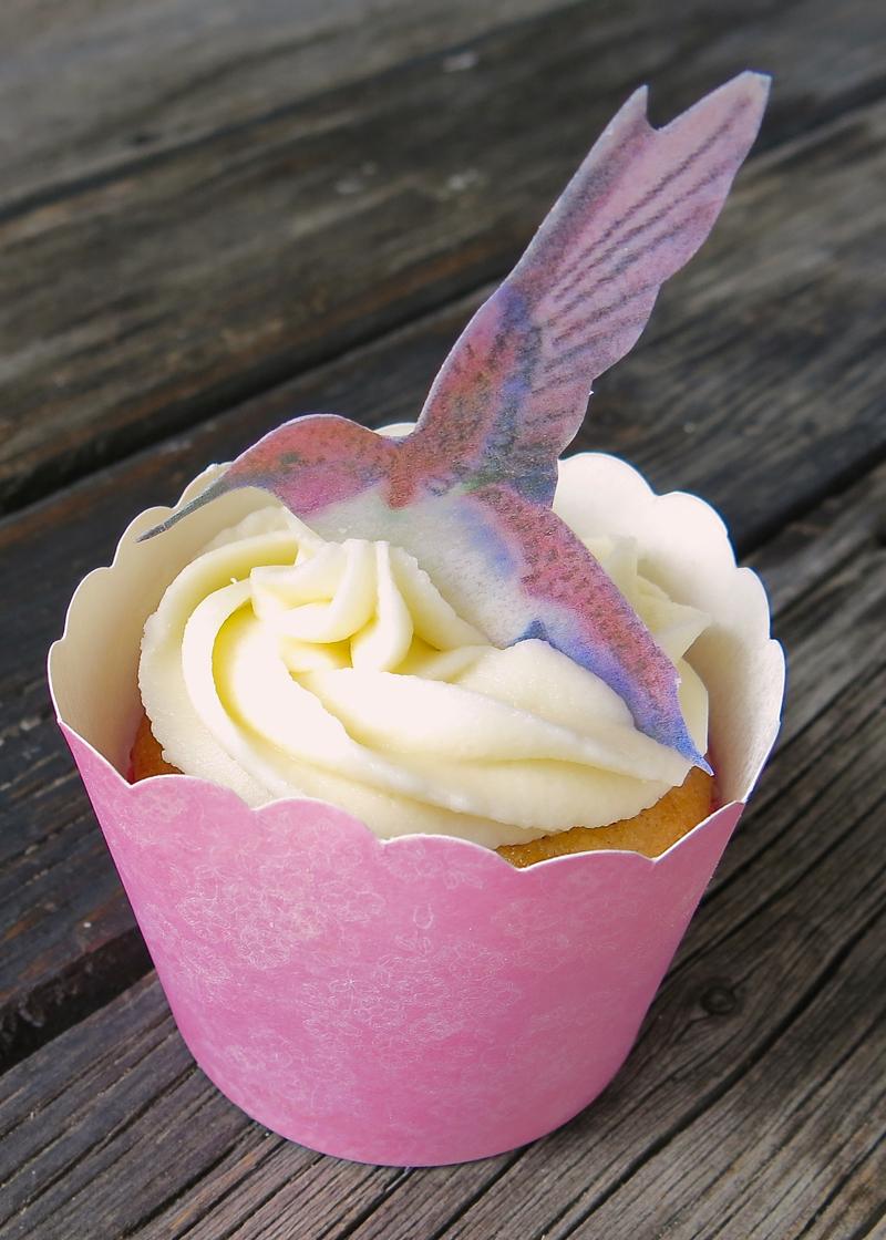 20 Hummingbird Cupcake