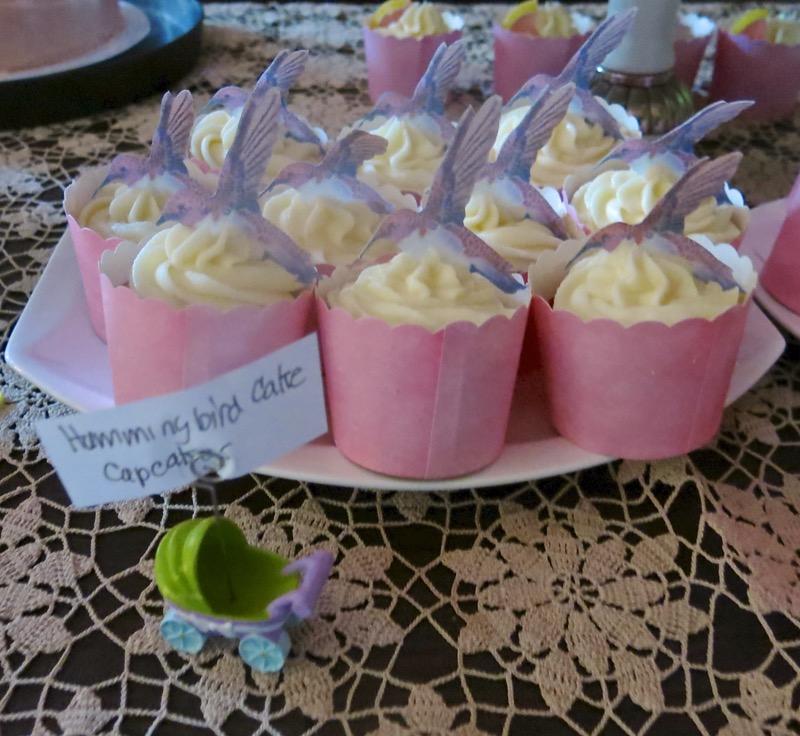21 Hummingbird Cupcake