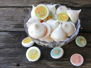 1 Meringues Kisses with SugarArt Stamps