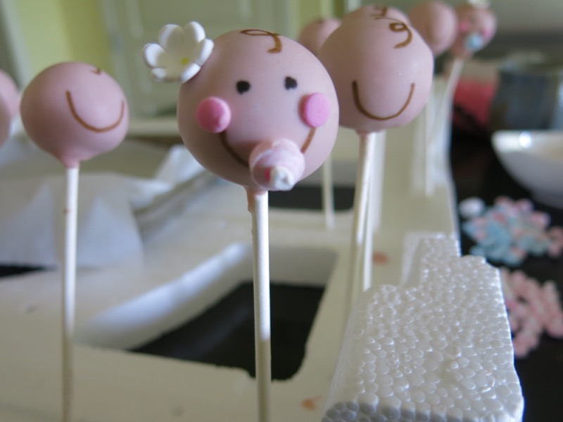 20 Decorating Babyface Cake Pops
