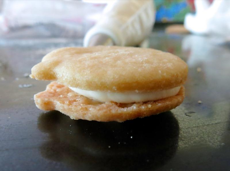 11 Babyface Sandwich Cookies