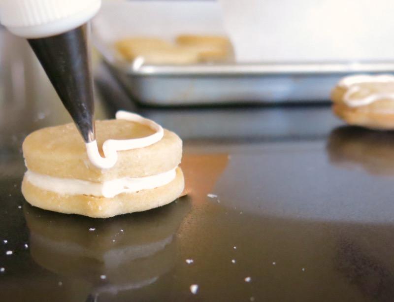 12c Icing Babyface Sandwich Cookies