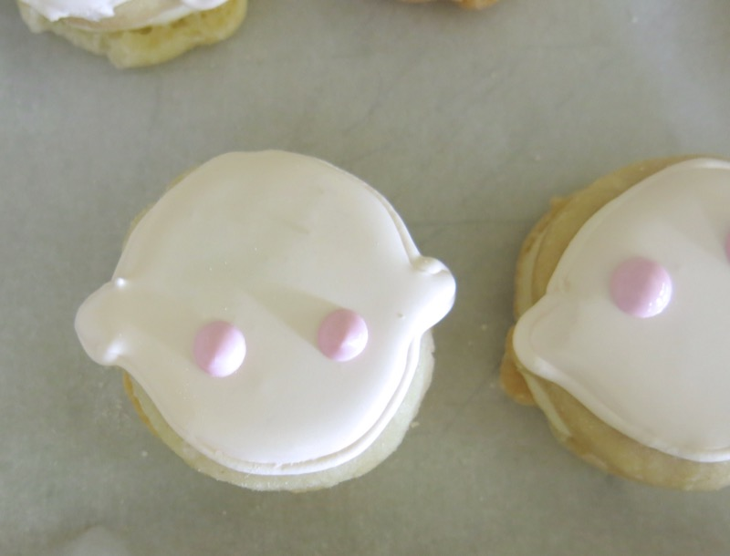 18a Babyface Sandwich Cookies Cheeks