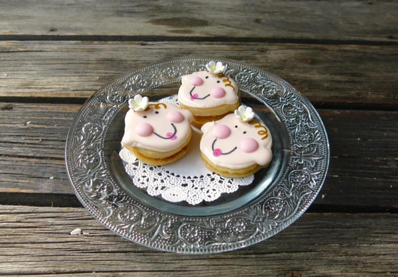 3 Babyface Sandwich Cookies