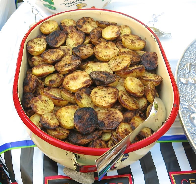 39-vanja-lugonjas-50th-birthday-pig-roast-buffet-oven-roasted-potatoes