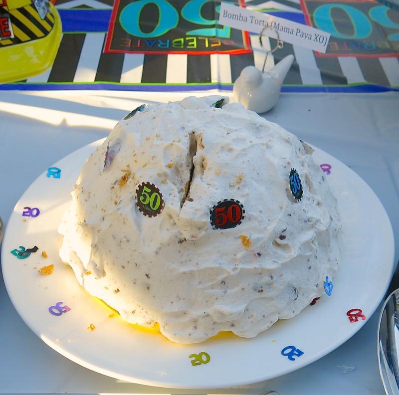50-vanja-lugonjas-50th-pavas-bombe-torte